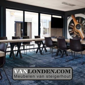 Boarding Inrichting VanlondenCom Rooom Breda International Airport vergaderruimte