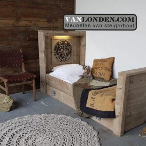 Steigerhouten Ajax bed met lade (Steigerhouten kinderbedden online bestellen)
