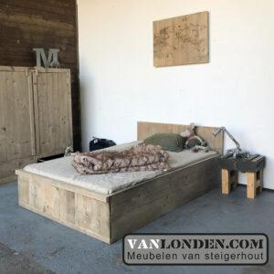 Steigerhouten bed Biba (Steigerhouten eenpersoonsbedden bestel je online bij VanLonden)