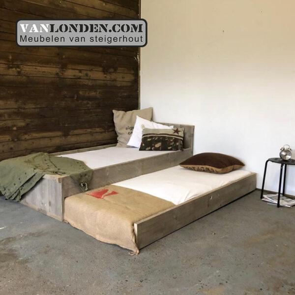 Steigerhouten bed met logeerlade Mats (Steigerhouten kinderbedden online bestellen)