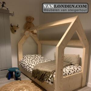 Steigerhouten bed met lade muis (Actieve steigerhouten zitbanken bestellen)