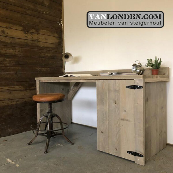 Steigerhouten bureau Binck (Steigerhouten bureaus op maat gemaakt)