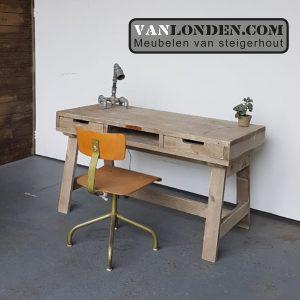 Steigerhouten bureau Erik (Steigerhouten bureaus op maat gemaakt)