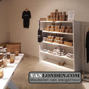 Steigerhouten interieur Pindakaaswinkel kast