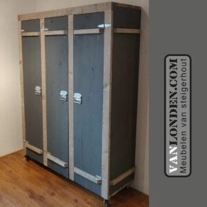 Steigerhouten kledingkast Christel (Steigerhouten kledingkasten online bestellen)