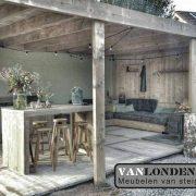 Overkapping Steigerhout (Onze splinternieuwe meubelen op een rij)