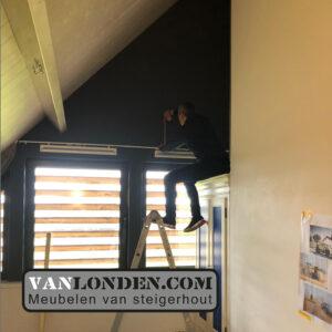 Steigerhouten slaap vide Carlijn begin bouw