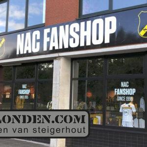 Vanlondencom interieur fanshop NAC