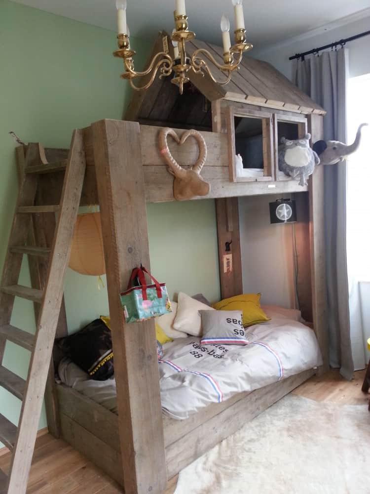 Steigerhouten stapelbed finn van londen steigerhout for Bed in de muur