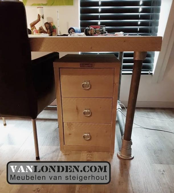 Kastje voor onder bureau amazing rolkastje voor onder het for Ladeblok voor op bureau