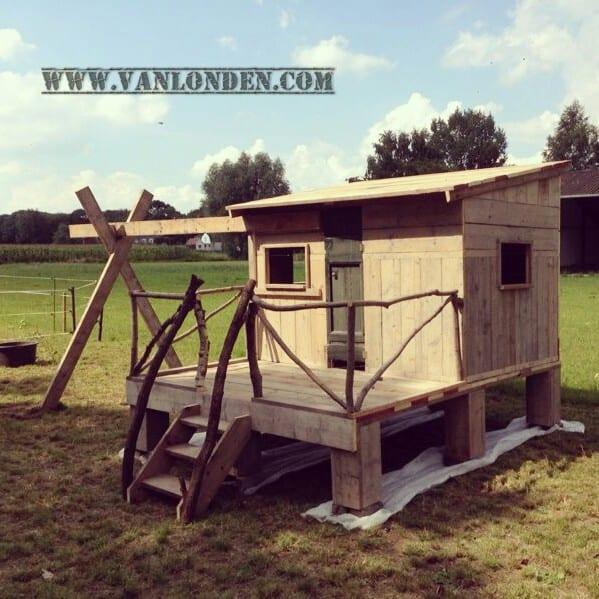 Steigerhouten speelhuis Linde (Steigerhouten speelhuizen op maat gemaakt)
