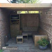 Overkapping Steigerhout met bank en kast (Steigerhouten overkappingen bestellen)