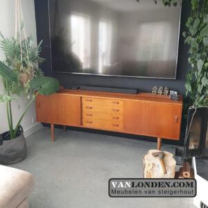 Vintage sideboard dressoir Claussen & Son (Vintage industriële meubelen)
