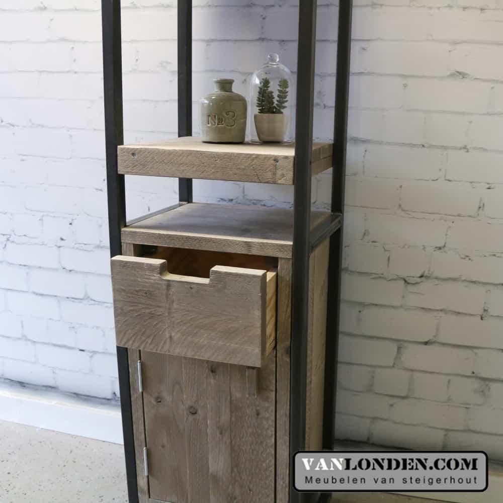 Steigerhouten badkamerkast Obelix met stalen frame - VanLonden ...