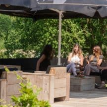 Steigerhouten bank restaurant-ruitersbosch-VanLonden