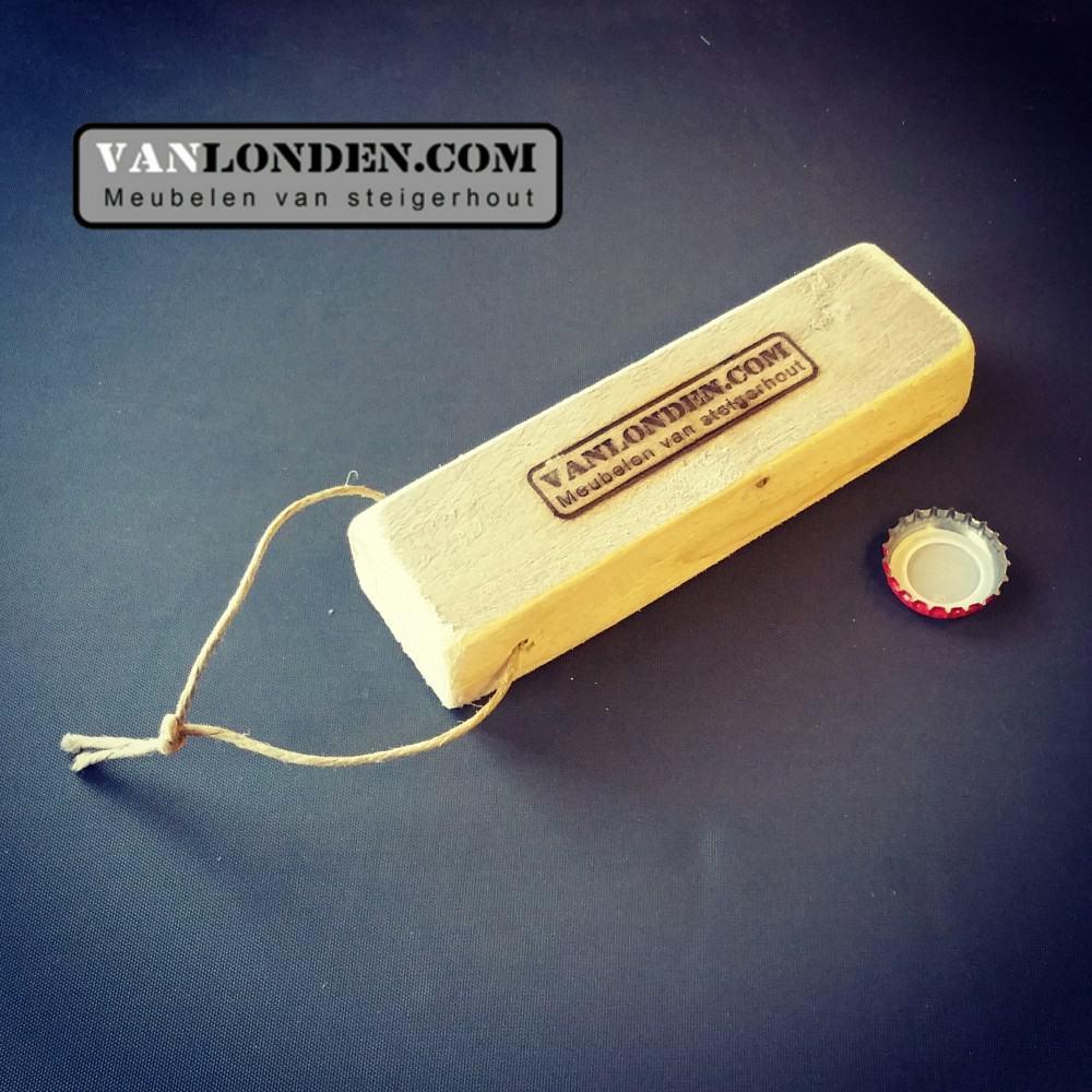 Steigerhouten flesopener (Steigerhouten accessoires online bestellen)