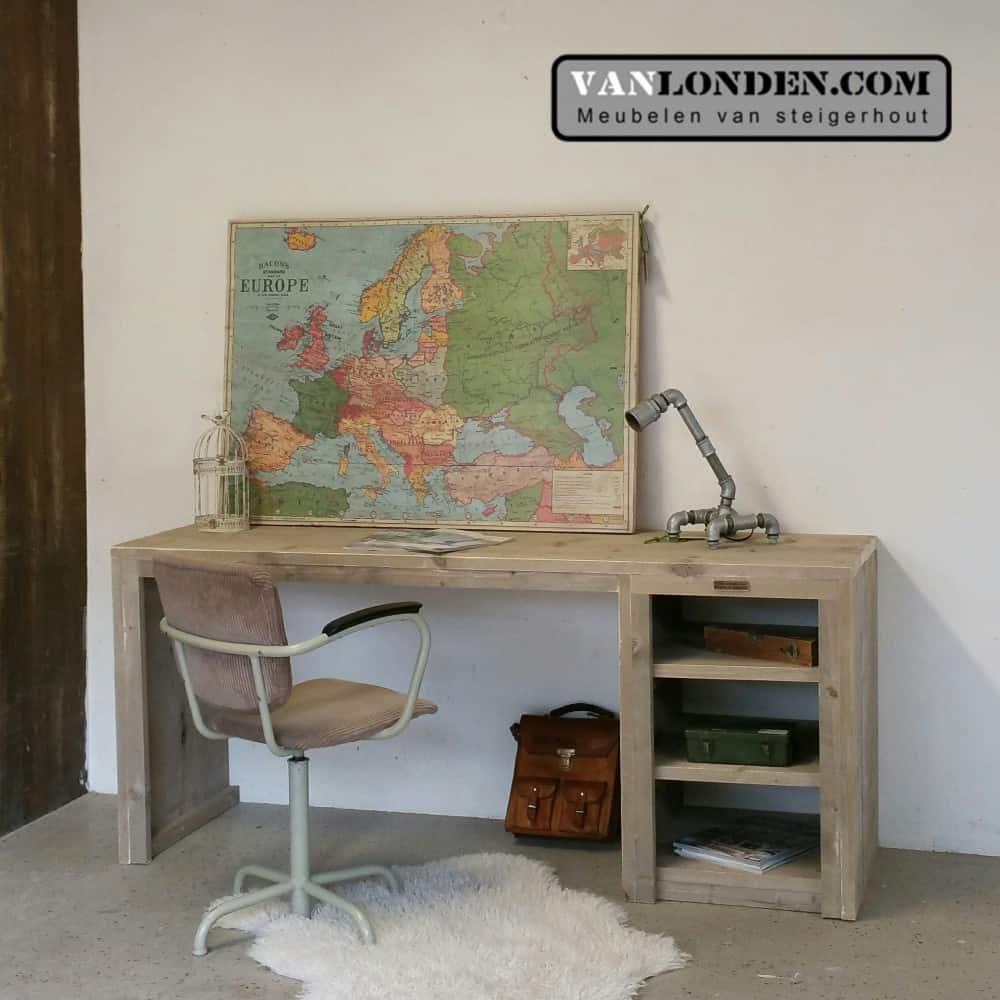 Steigerhouten bureau Jari (Steigerhouten bureaus op maat gemaakt)