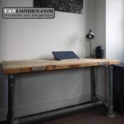 Steenschot houten bureau Jordy (Steigerhouten bureaus op maat gemaakt)