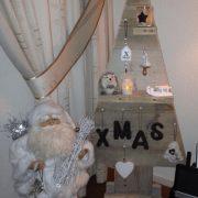 Kerstboom van steigerhout Santa (Steigerhouten accessoires online bestellen)