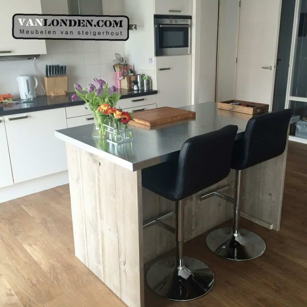 Steigerhouten keukenbar nino vanlonden steigerhout - Lounge en keuken in dezelfde kamer ...