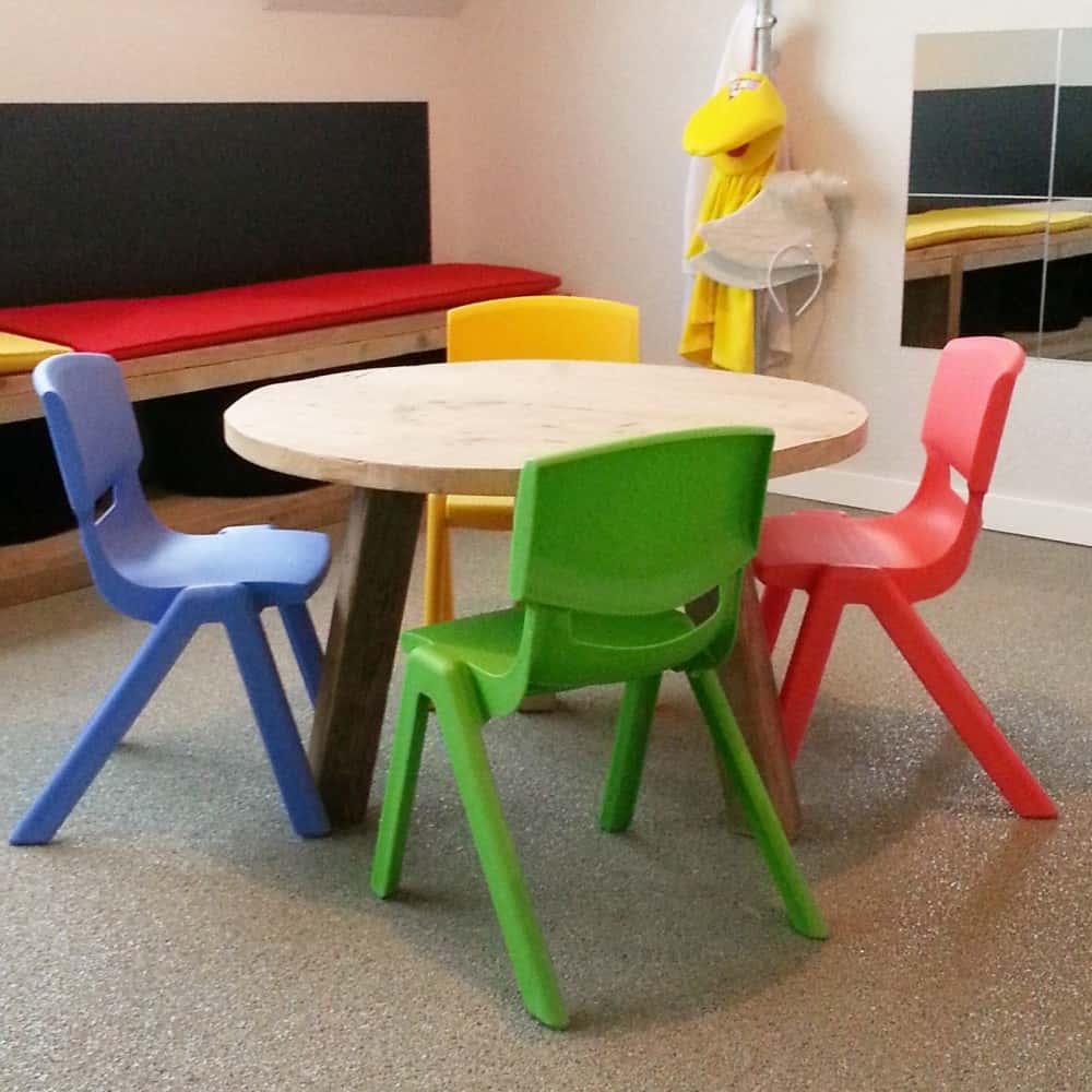 Steigerhouten kindertafeltje Evi (Steigerhouten salontafels online bestellen)