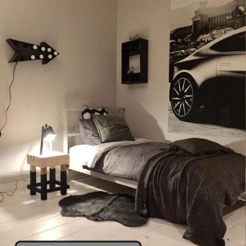 Steigerhouten krukje- nachtkastje Ezra (Steigerhouten krukken online bestellen)