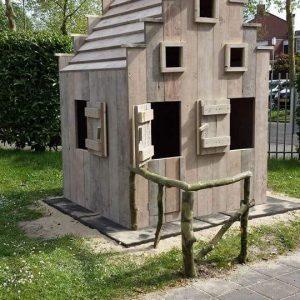 Steigerhouten speelhuis Jeroen (Steigerhouten speelhuizen op maat gemaakt)