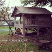 Steigerhouten speelhuis Loesje (Steigerhouten speelhuizen op maat gemaakt)