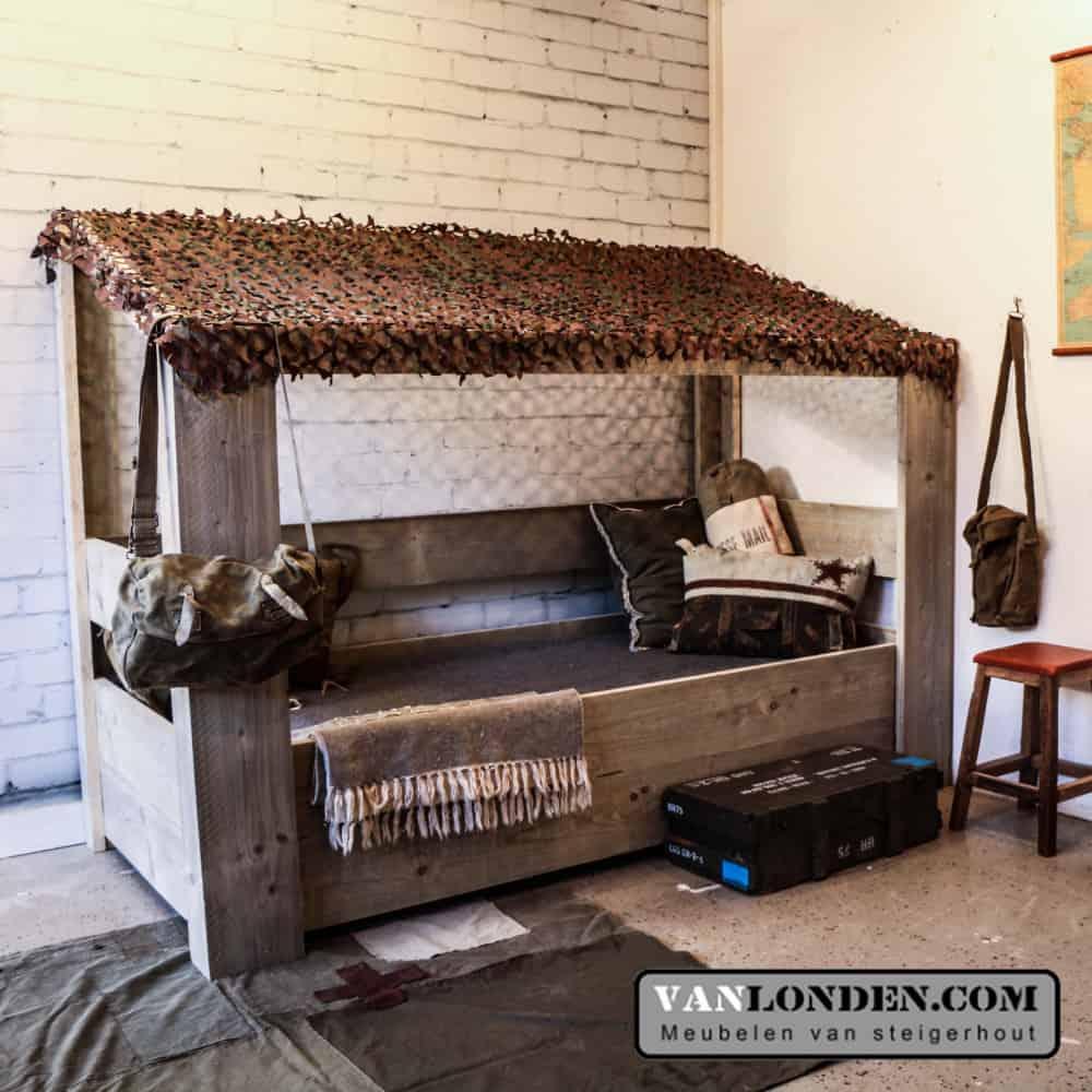 Steigerhouten survival bed Mason (Steigerhouten eenpersoonsbedden bestel je online bij VanLonden)