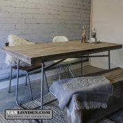 Steigerhouten tafel/bureau met stalen onderstel John (Steigerhouten bureaus op maat gemaakt)