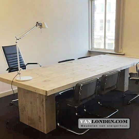 Steigerhouten vergadertafel Louis (Steigerhouten meubelen online bestellen en op maat gemaakt)