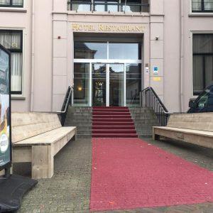 Steigerhouten zitbank Hotel Fletcher (Actieve steigerhouten zitbanken bestellen)